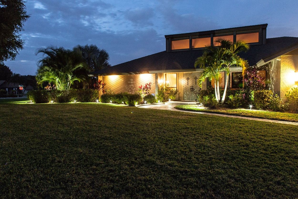 Cape Coral Landscape Lighting And Outdoor Illumination Design Installation And Repair
